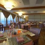 Hulhule-Island-Hotel restaurant